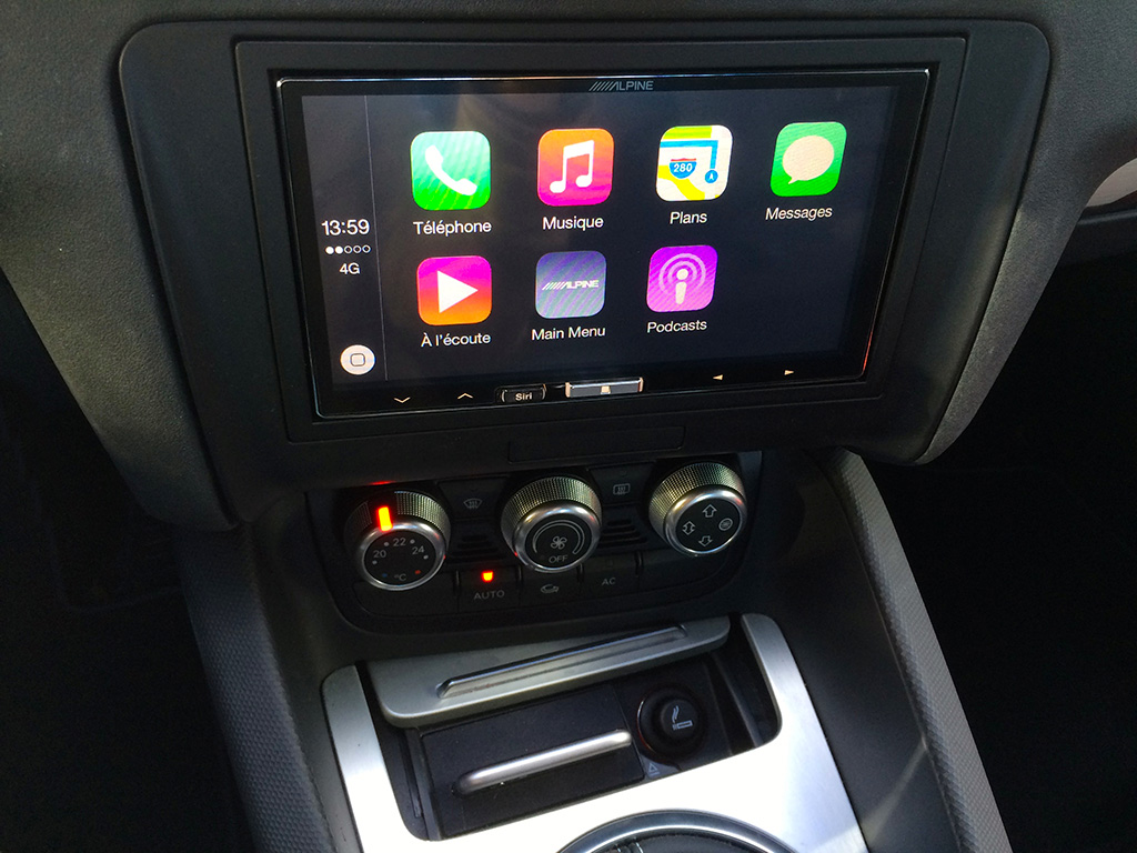 Alpine ILX-700 and CarPlay dock: the perfect combination for Audi TT!